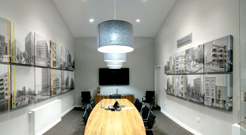 Discreet acoustic panels in the boardroom