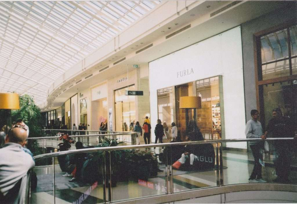 controlling acoustics in retail