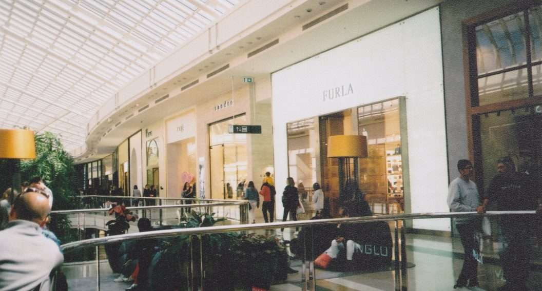Controlling acoustics | in retail