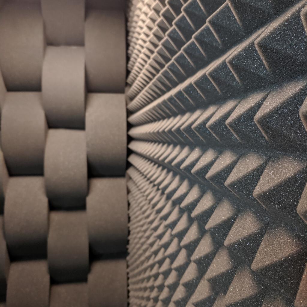 Acoustic Panels for noise transmission reduction