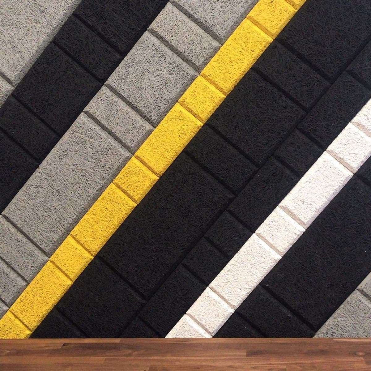 Wood Wool colour stripe