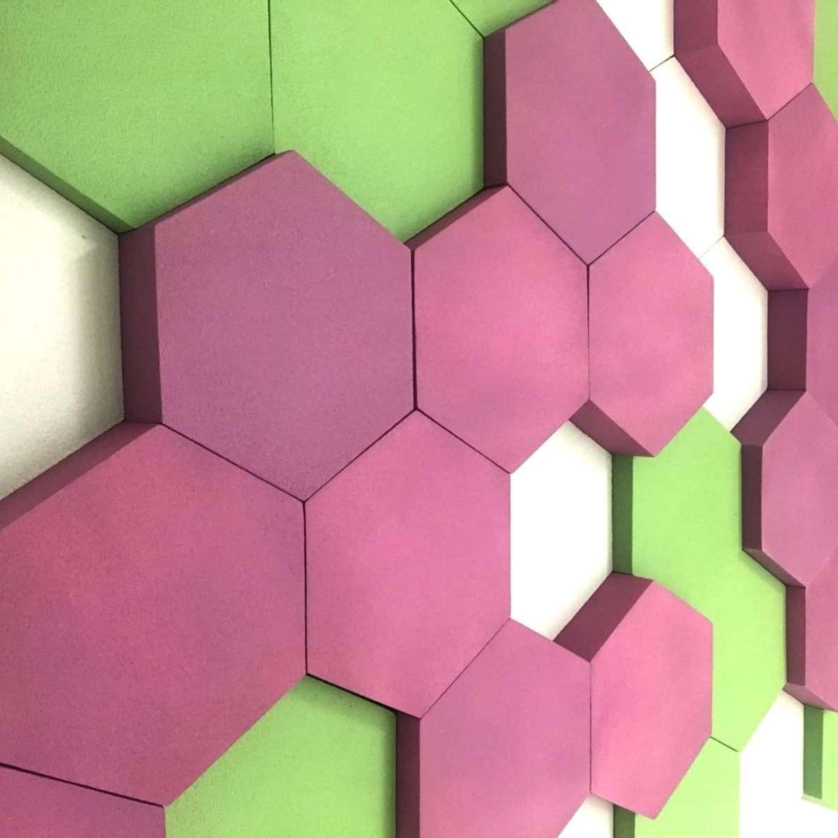 G25 hexagon foam wall