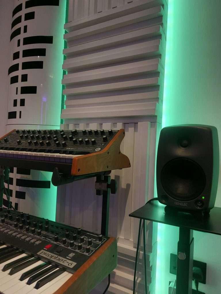 green lighting steven wilson studio with funky junk equipment
